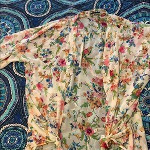 Women's floral wrap